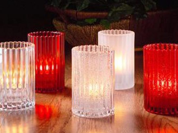 ribbed candle holder